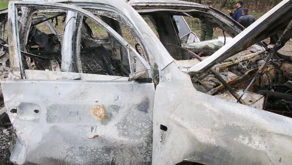 El coche de OSCE explotado en el este de Ucrania - Sputnik Mundo
