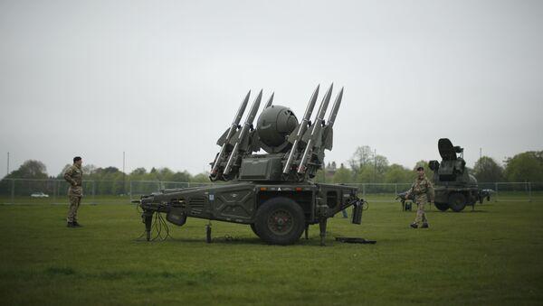 Armamento británico (imagen referencial, archivo) - Sputnik Mundo