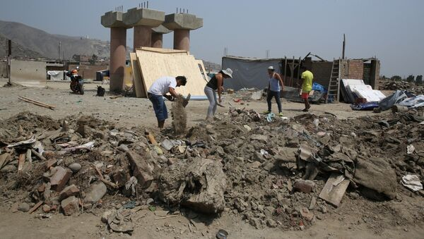 Consecuencias de inundaciones en Perú - Sputnik Mundo