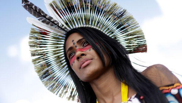 Mujer indígena - Sputnik Mundo