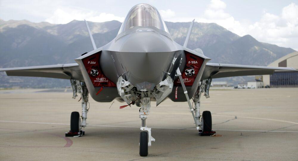 Un F-35A