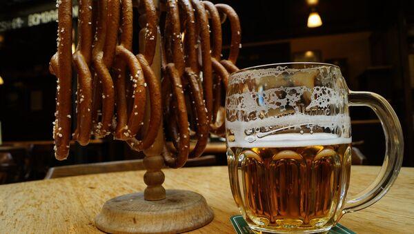Jarra de cerveza - Sputnik Mundo