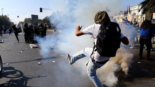 Protestas en Santiago, Chile (archivo) - Sputnik Mundo