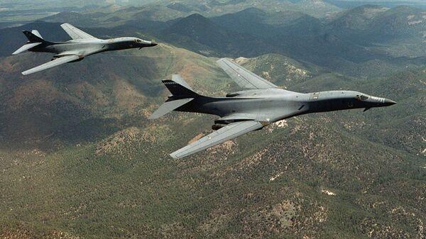 Los bombarderos B-1B Lancer (archivo) - Sputnik Mundo