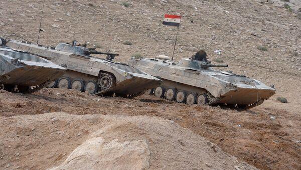Los vehículos blindados BMP del Ejército Sirio (archivo) - Sputnik Mundo