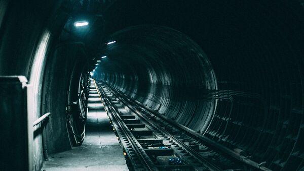 Un túnel ferroviario - Sputnik Mundo