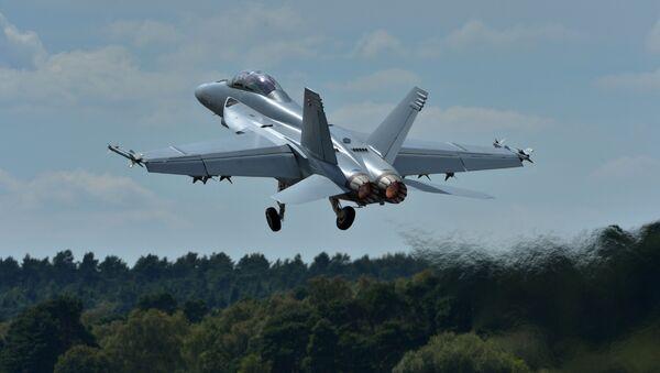 Un F-18 - Sputnik Mundo