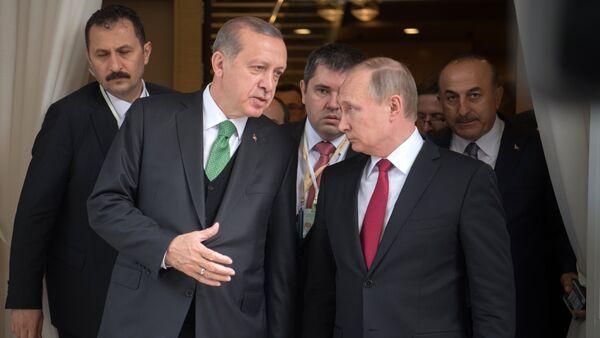 Presidente de Turquía, Recep Tayyip Erdogan, y presidente de Rusia, Vladímir Putin - Sputnik Mundo