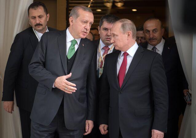 Presidente de Turquía, Recep Tayyip Erdogan, y presidente de Rusia, Vladímir Putin