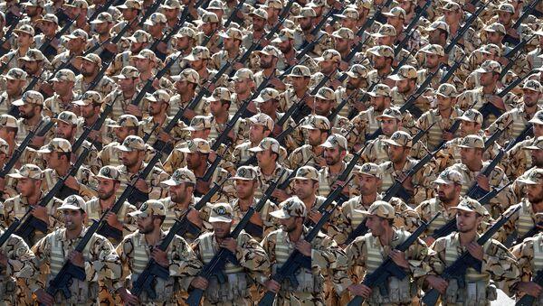 Militares iraníes - Sputnik Mundo