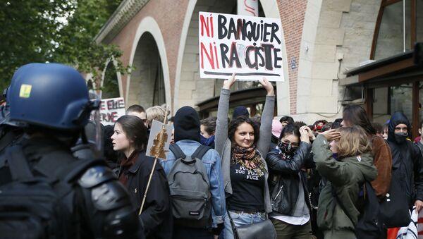 Protestas estudiantiles en París - Sputnik Mundo