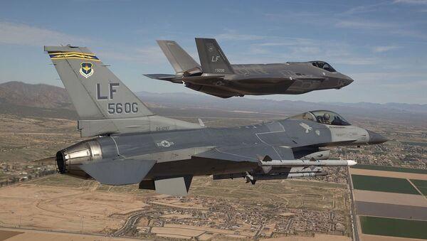 F-16 and F-35 - Sputnik Mundo