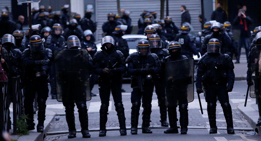 Policía de París (archivo)