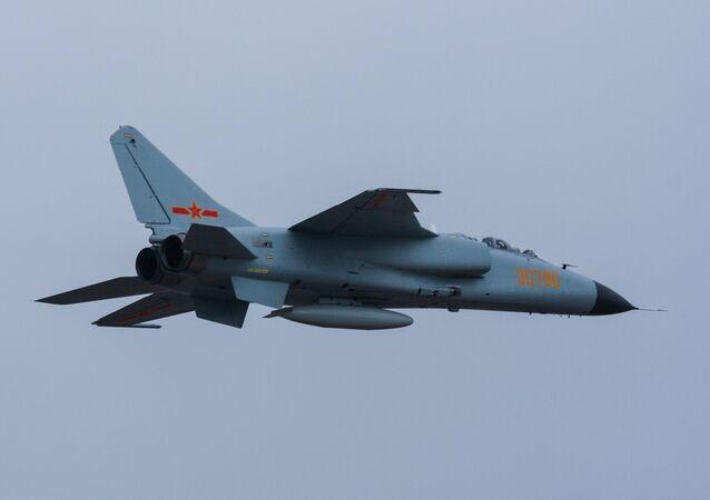 Xian JH-7A (archivo)
