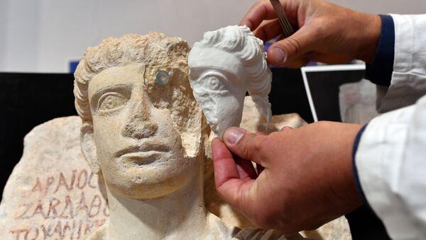 Restauración de la estatua de Palmyra - Sputnik Mundo