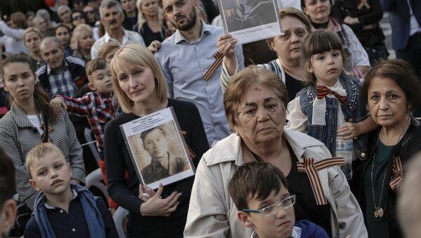 Regimiento Inmortal toma las calles de Atenas (archivo) - Sputnik Mundo