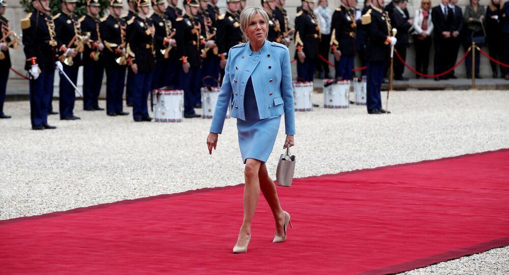 Brigitte Trogneux durante la investidura de Emmanuel Macron