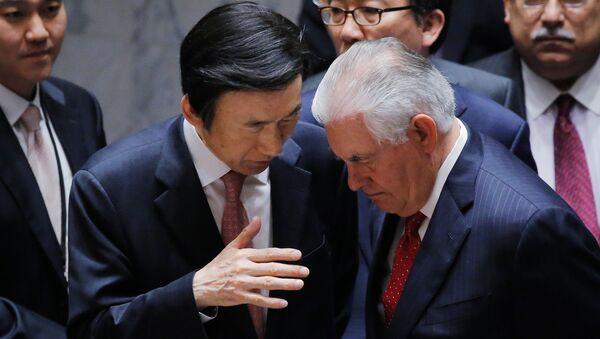 Rex Tillerson y Yun Byung-Se - Sputnik Mundo