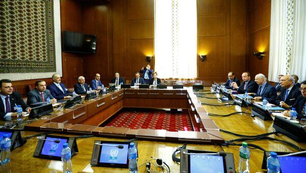 La sexta ronda de las negociaciones intersirias en Ginebra - Sputnik Mundo