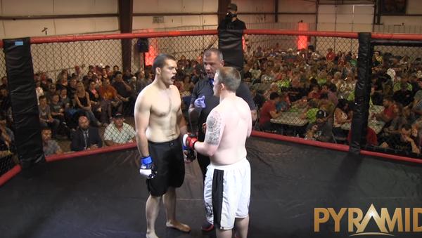 Boxeadores Jordan Fowler y Dylan Goforth - Sputnik Mundo