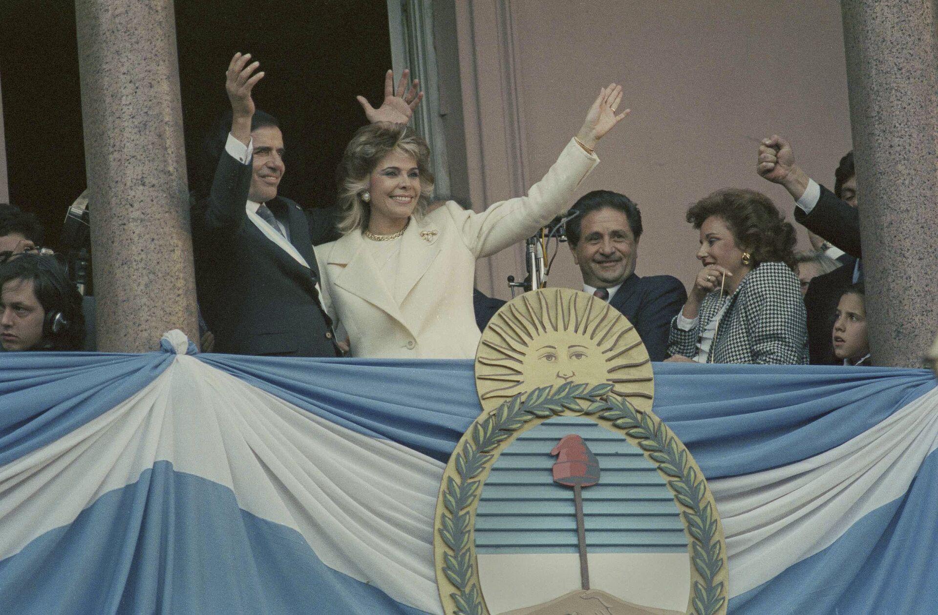 Carlos Menem, expresidente de Argentina y su exesposa, Zulema Yoma (archivo) - Sputnik Mundo, 1920, 11.02.2021