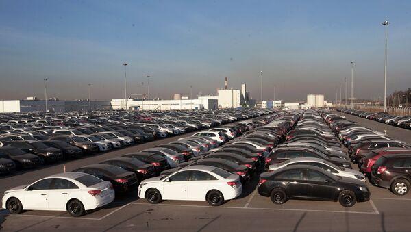 Los coches Opel y Chevrolet de la compañía General Motors - Sputnik Mundo