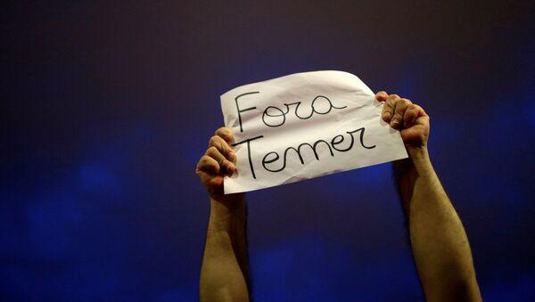 Protesta en Brasil contra el presidente del país, Michel Temer - Sputnik Mundo