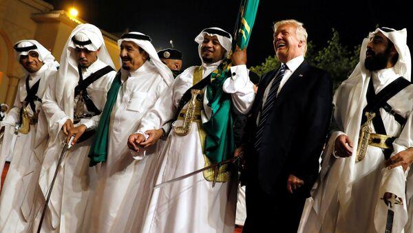 El presidente de EEUU, Donald Trump, en Riad - Sputnik Mundo