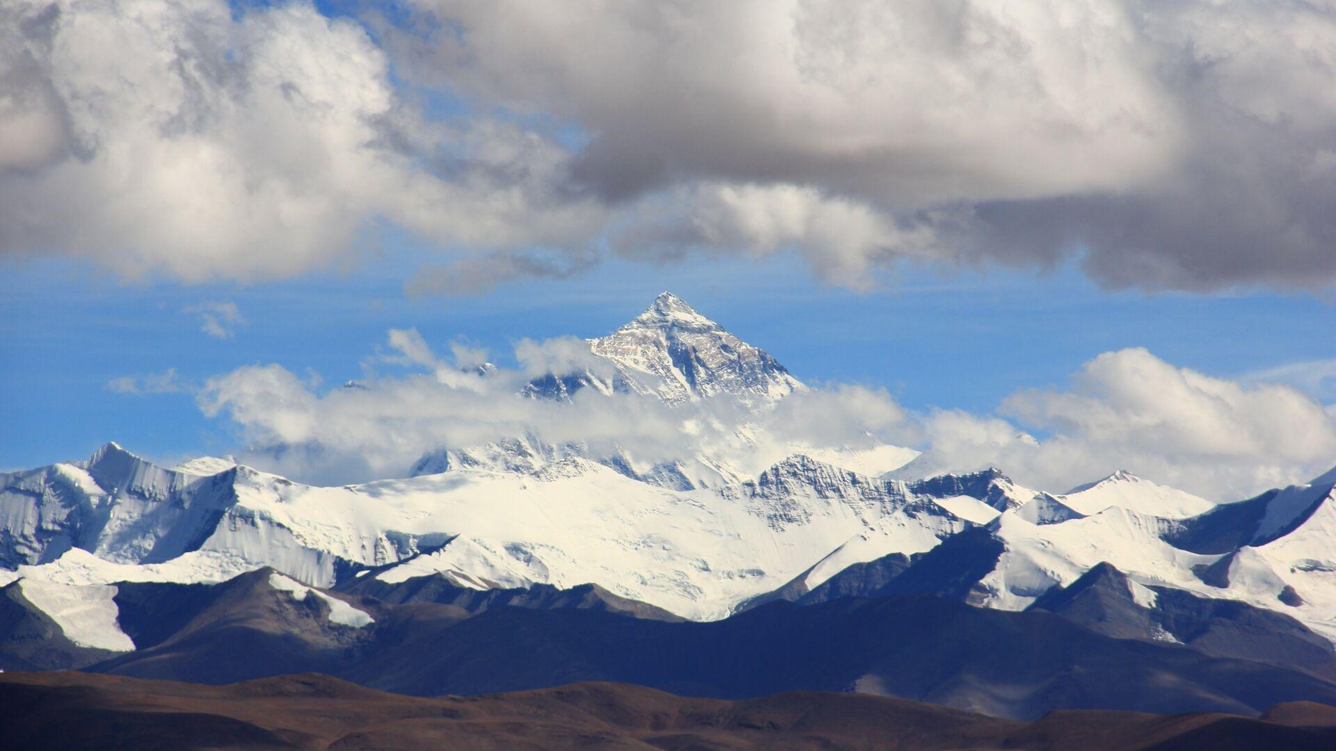 Everest - Sputnik Mundo, 1920, 19.05.2021