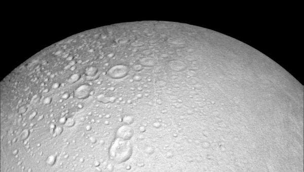 Encélado, la luna de Saturno - Sputnik Mundo