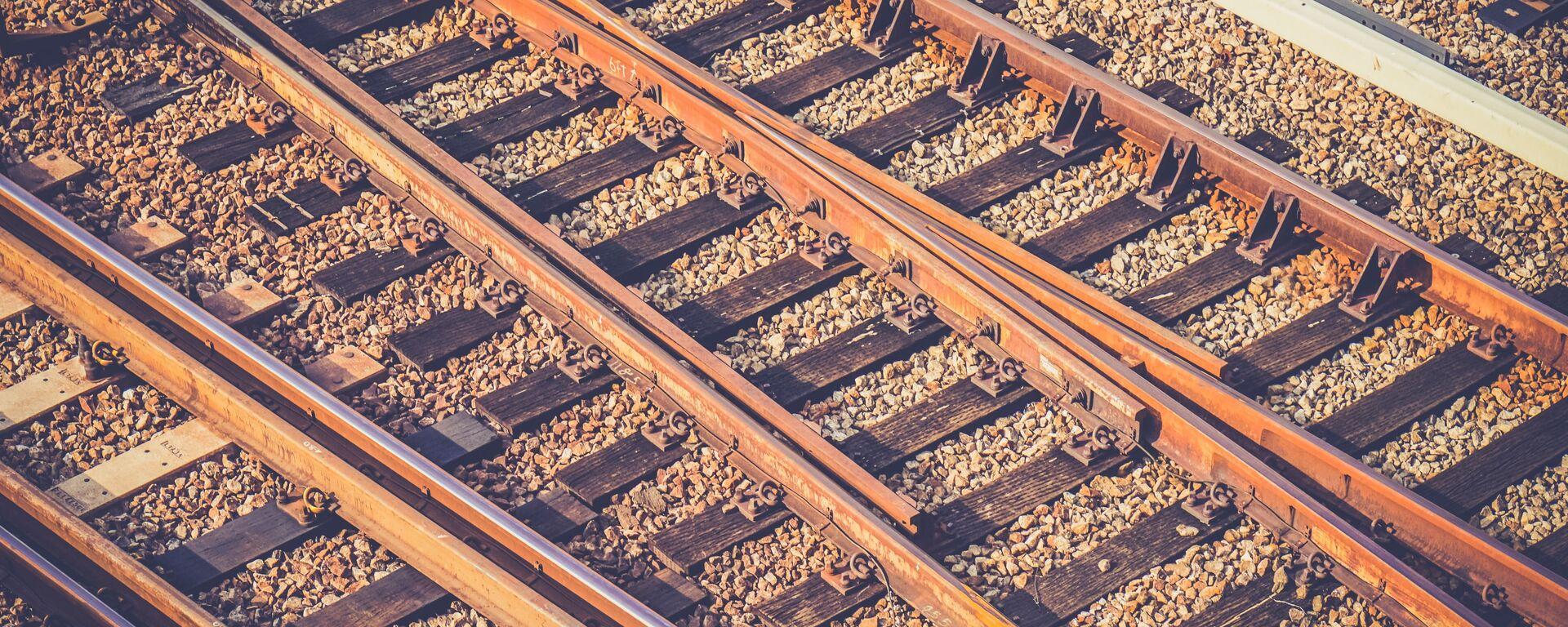 Ferrocarril (imagen referencial) - Sputnik Mundo, 1920, 17.07.2021