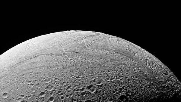 La luna de Saturno Enceladus - Sputnik Mundo