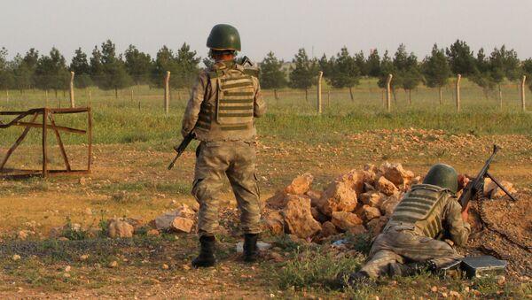 Militares turcos (archivo) - Sputnik Mundo