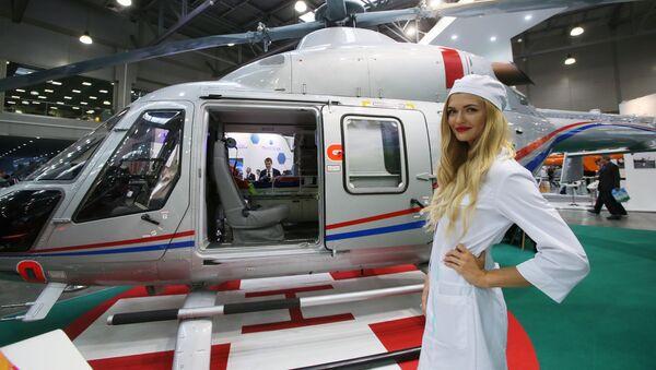 Un automóvil-helicóptero y otras novedades de la HeliRussia 2017 - Sputnik Mundo