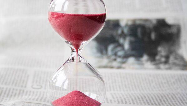 Reloj de arena - Sputnik Mundo