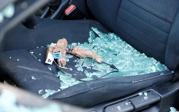 Objetos sospechosos dentro del coche en Berlín - Sputnik Mundo