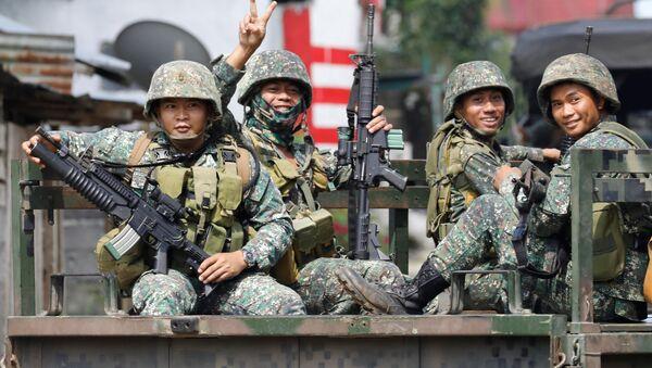 Marina filipina en Marawi - Sputnik Mundo