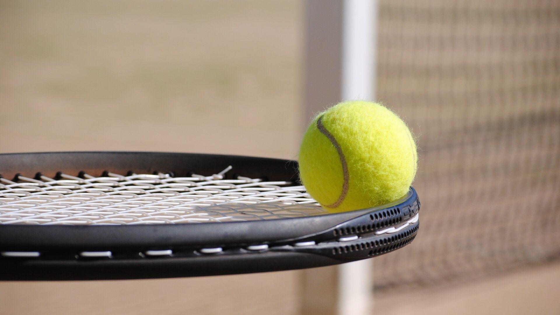 Tenis (imagen referencial) - Sputnik Mundo, 1920, 04.06.2021
