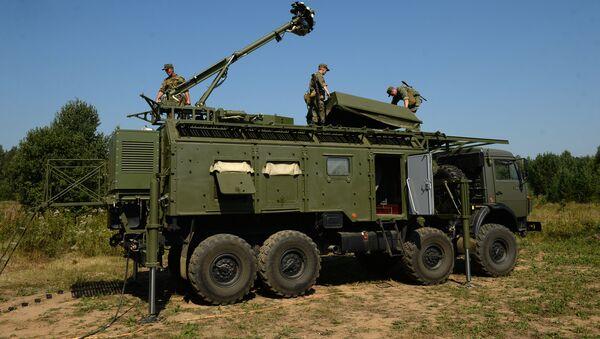 El despliegue del sistema de guerra electrónica Krasuja-4 - Sputnik Mundo