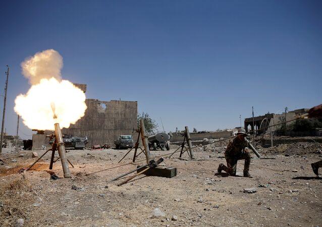 Militares iraquíes durante los combates contra Daesh