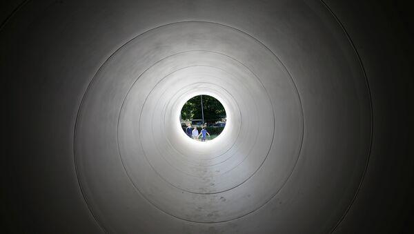 Un tubo de Hyperloop (imagen referencial) - Sputnik Mundo