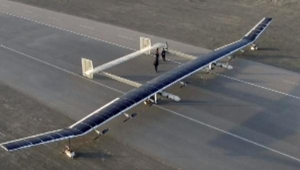 El 'titán' no tripulado chino emprende su primer vuelo - Sputnik Mundo