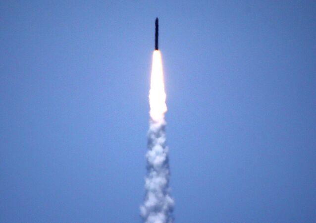 Ensayo de misil balístico intercontinental, imagen referencial