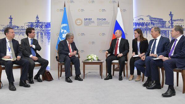 El presidente ruso, Vladímir Putin, y el secretario general de la ONU, Antonio Guterres - Sputnik Mundo