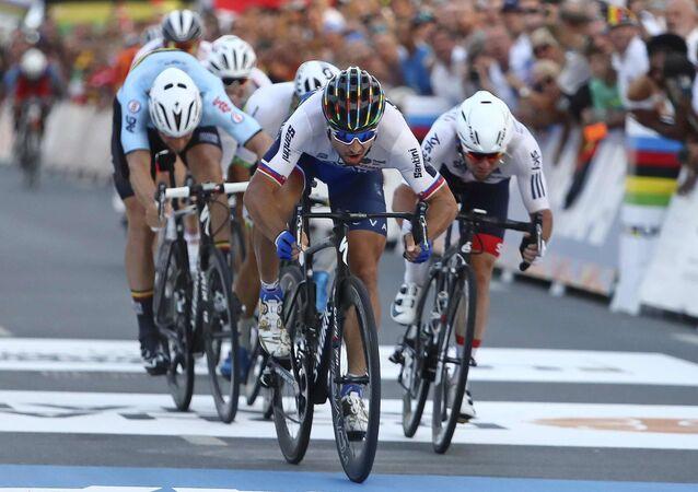 Ciclistas (imagen referencial)