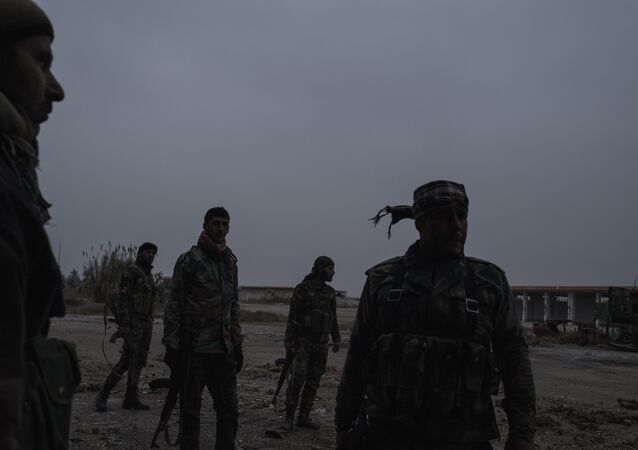Militares sirios en el aerodromo cerca del Damasco
