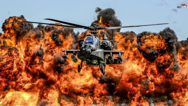 Helicóptero AH-64 Apache - Sputnik Mundo