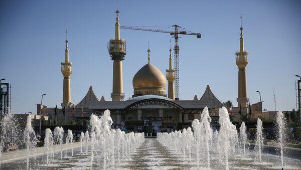 Mausoleo del imán Ruholá Jomeiní en Teherán, Irán - Sputnik Mundo