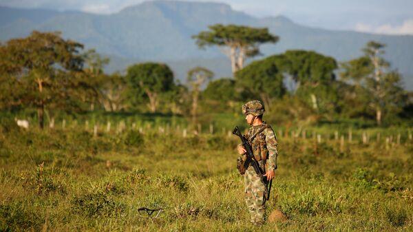 Un militar colombiano (archivo) - Sputnik Mundo