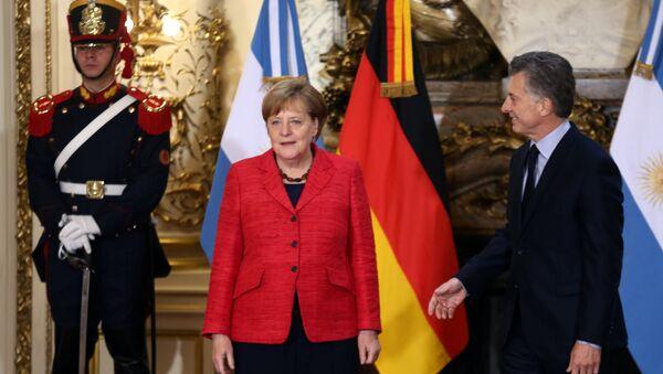 Angela Merkel, canciller alemana, y su homólgo argentino, Mauricio Macri - Sputnik Mundo